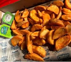 Картофельные дольки в кожуре со специями ОСТРЫЕ  0, 4 кг