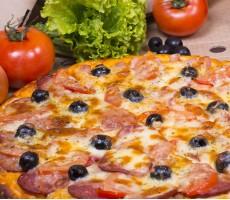 """Пицца """"Две колбасы"""""""